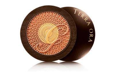 Sheer luxury - Guerlains Terra Ora compact for summer 2013